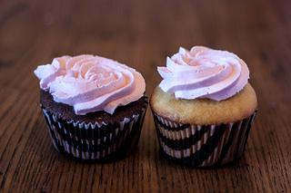 pink_cupcakes.jpg